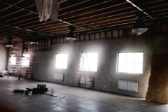 Zakrývanie káblov v hale